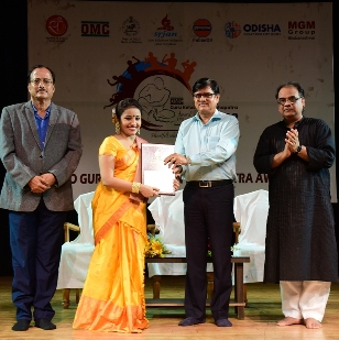 Curtains come down on 25th GKM Award Festival 2019: Awards presentation and Namami Gange mark the evening