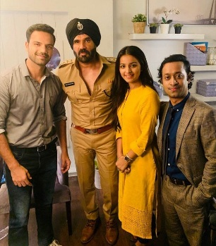 Suniel Shetty to make his Hollywood debut with 'Call Centre' playing an Indian cop