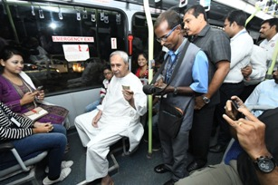 Odisha's city transport Mo Bus completes one year, CM rides Mo Bus from Naveen Nivas to Jaydev Bhawan