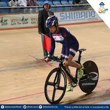 Odisha CM felicitates ace Odia cyclist Swasti Singh