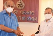 Binayak Sabato Charitable Trust donates Rs 2.5 lakh for Shree Mandira Parikramaa Project