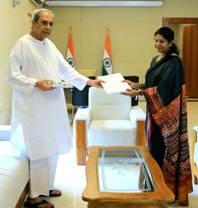 DMK MP Kanimozhi meets Odisha CM, seeks support on NEET